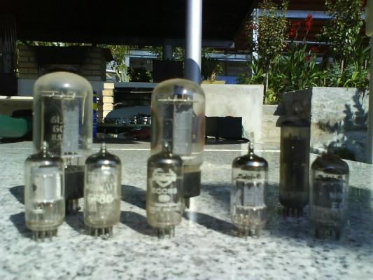 Restauro de um Amplicador farfisa Dsc01217