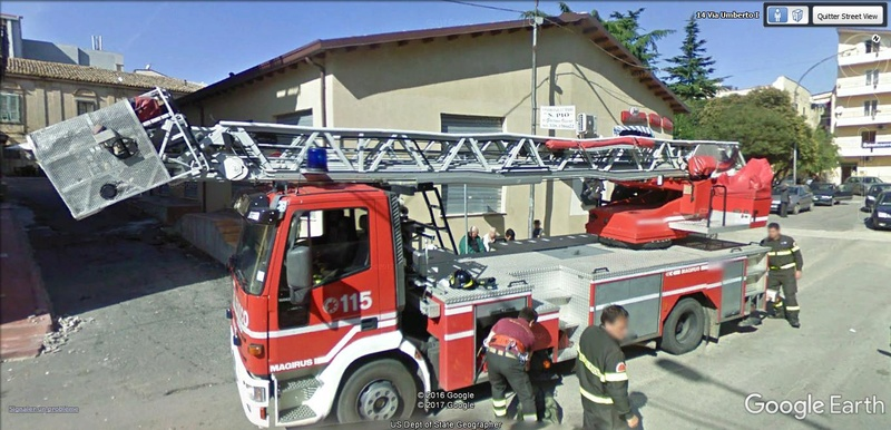 STREET VIEW : à la recherche des interventions de pompiers A210