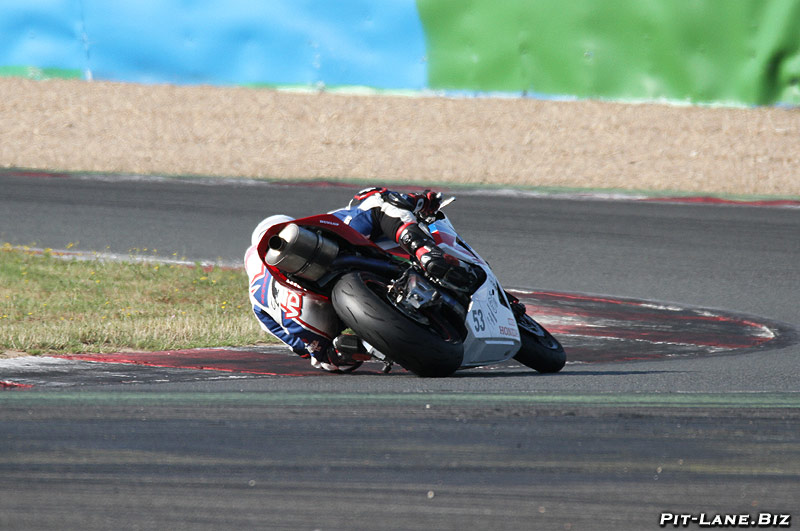 [FSBK] Magny-Cours, 7 juilllet 2013 - Page 5 Img_1211