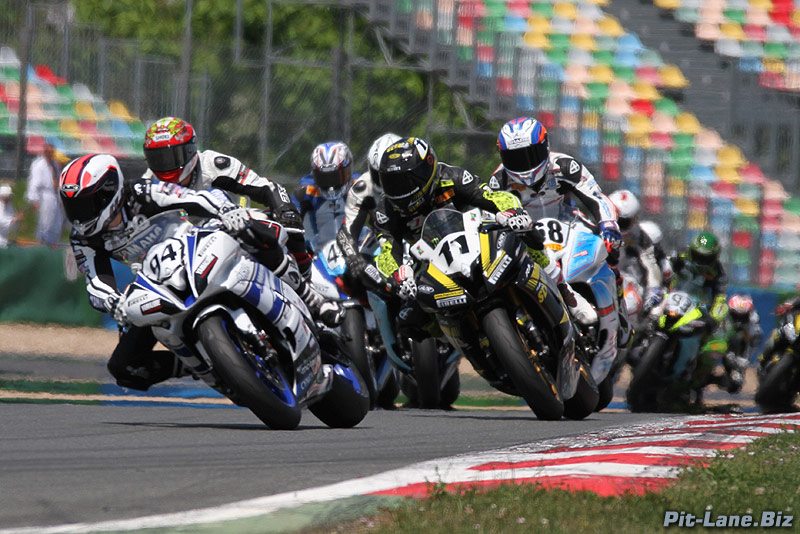 [FSBK] Magny-Cours, 7 juilllet 2013 - Page 3 Img_1811