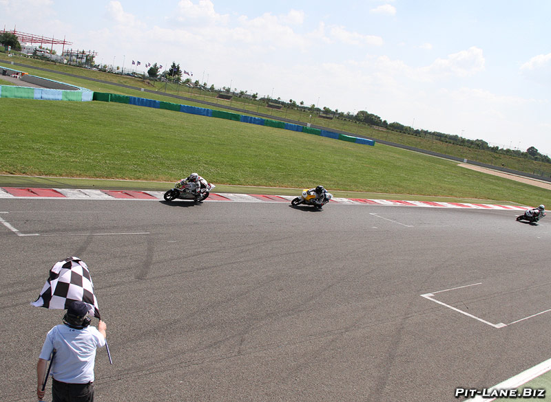 [FSBK] Magny-Cours, 7 juilllet 2013 - Page 3 Img_4410