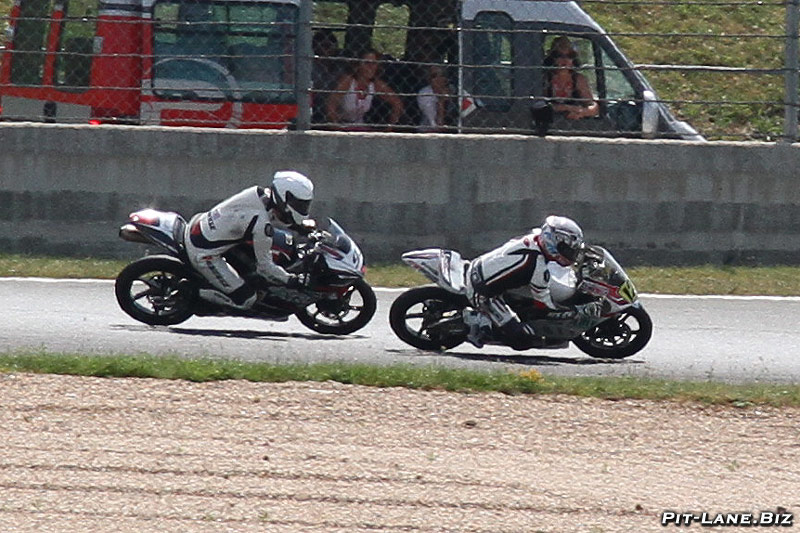 [FSBK] Magny-Cours, 7 juilllet 2013 - Page 4 Img_4416