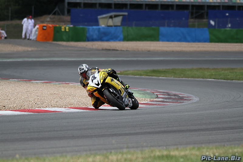 [FSBK] Magny-Cours, 7 juilllet 2013 - Page 3 Img_9910