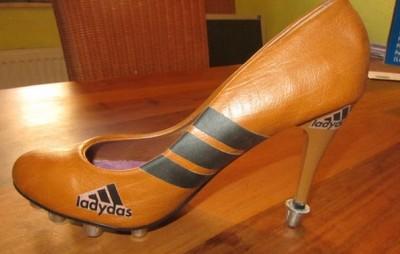 Frauen und Schuhe - in Bildern - Seite 2 Bild_811