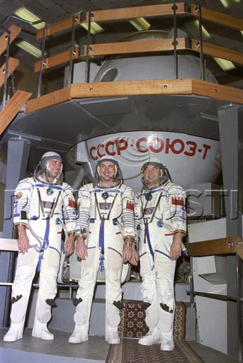 [Vote] Photo du mois de juillet 2010 - Page 2 Soyuz013