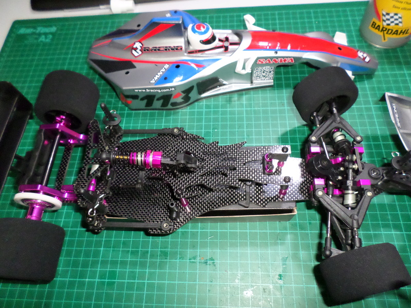 VENDS kit monté F1 1/10 3racing F113  (neuf)  Sam_3811
