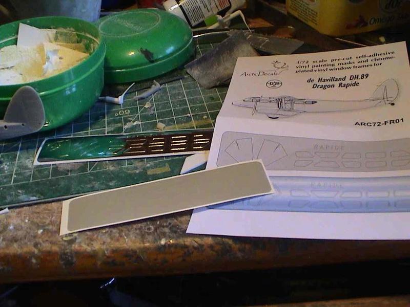 [Heller] De Havilland DH89 Dragon Rapide + Conversion DH 84 Dragon - Page 2 Dh7010