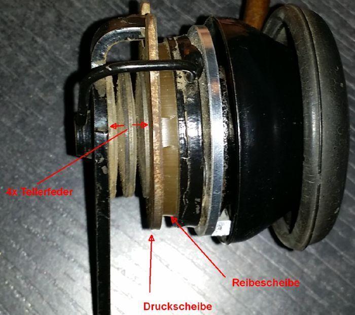 Accelerateur a main du 421 Unimog14