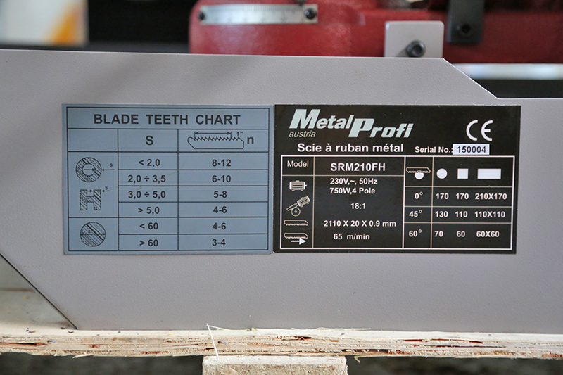 Scie à ruban à métaux MétalProfi SRM210FH 03_fyv16