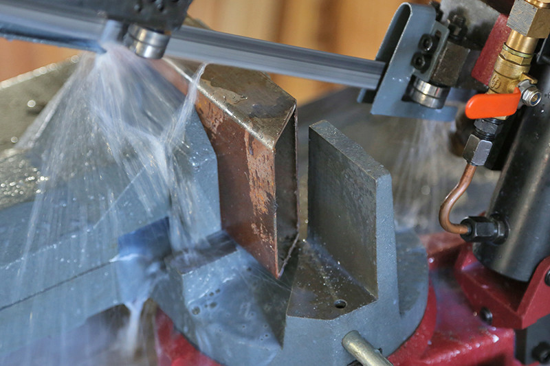 Scie à ruban à métaux MétalProfi SRM210FH - Page 2 08_fyv17