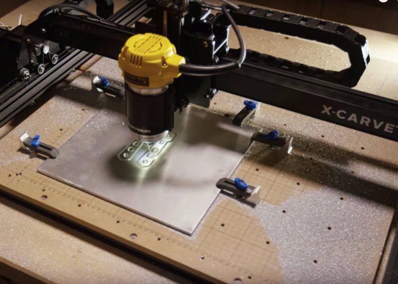 Recherche fraiseuse CNC Alumin10