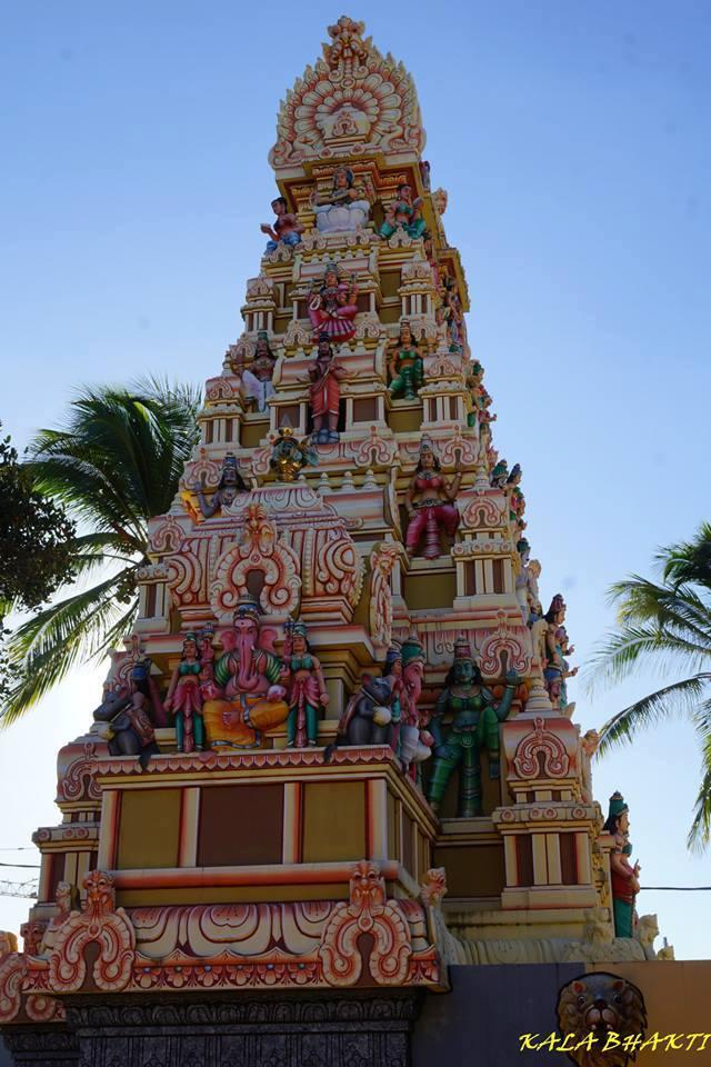 temples hindous dans le monde Ste_cl10