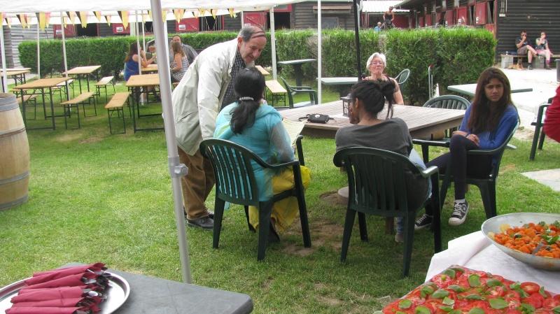 Barbecue végétarien à La Hulpe au manège de Gaillemarde au profit de nos chevaux sauvés. Img_8220