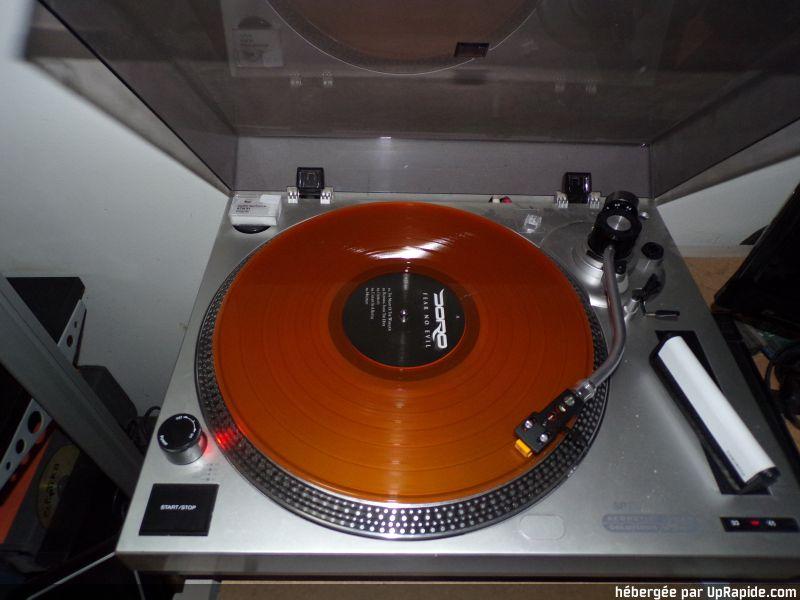 Vous avez des vinyles de couleurs collectors? 120-3313