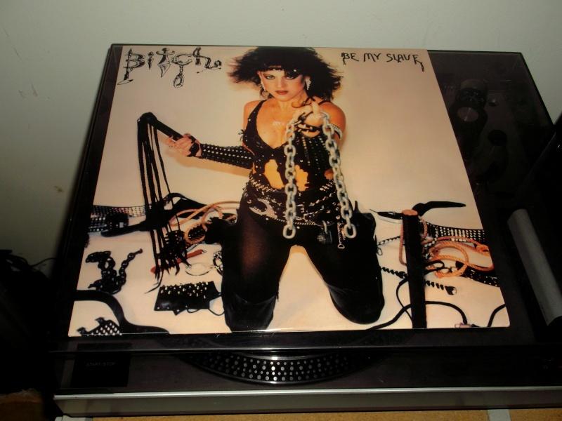"""Pochettes d'albums de métal """"Sexy"""" ! Bitch_11"""