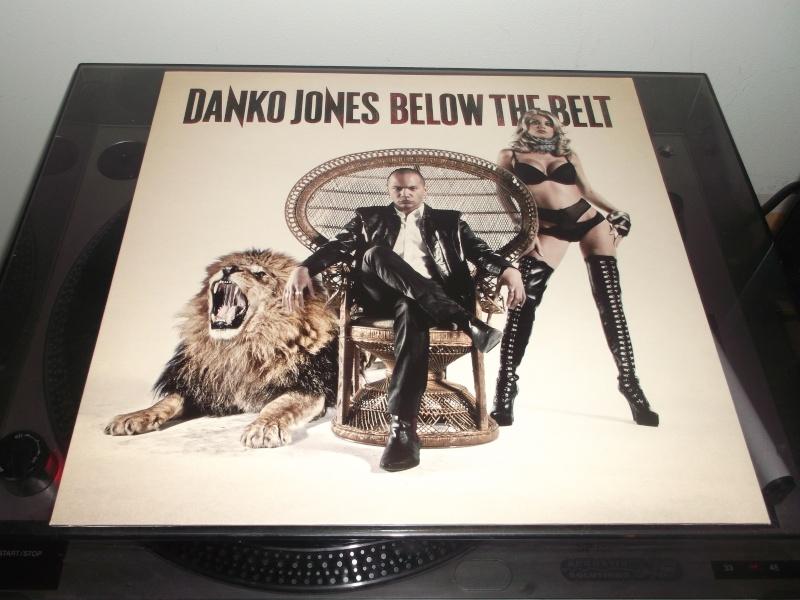 "Pochettes d'albums de métal ""Sexy"" ! Danko_15"