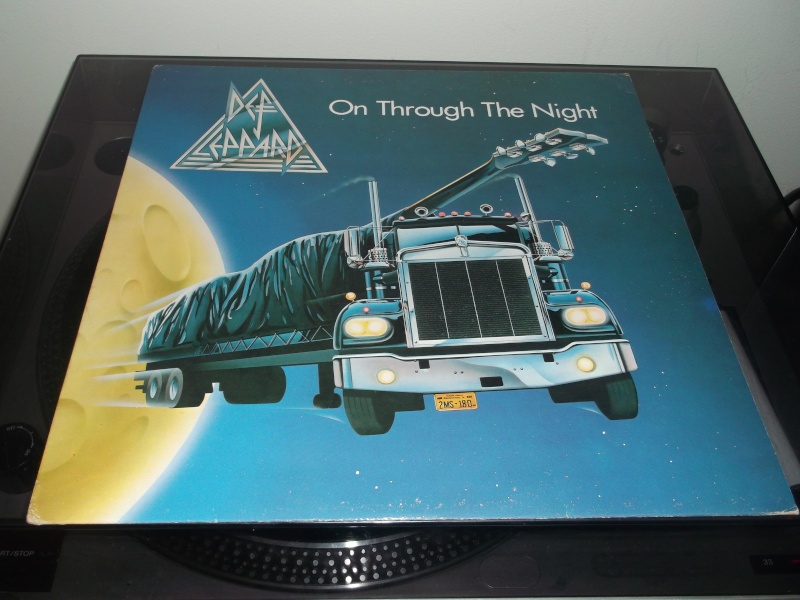 Def Leppard :  On Through The Night  Def_le11