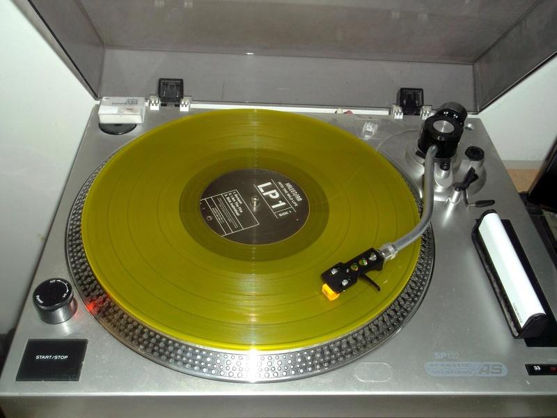 Vous avez des vinyles de couleurs collectors? Halest14