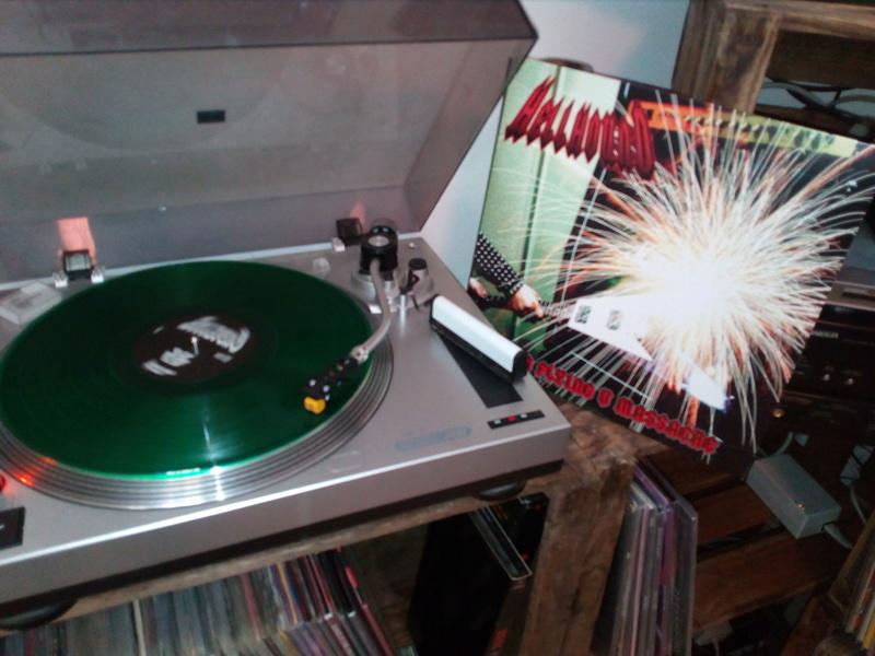 Vous avez des vinyles de couleurs collectors? Hellho12
