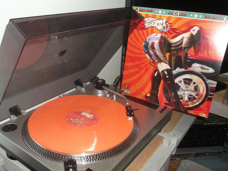 Vous avez des vinyles de couleurs collectors? Turbo_11