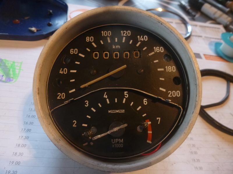 travaux sur un compteur de série 5 P1060125