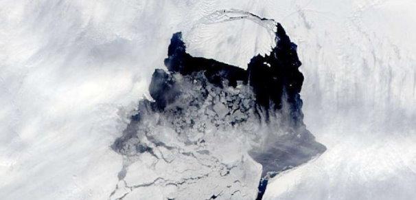 Une gigantesque crevasse en Antarctique accélère la fonte de la calotte polaire Iceber10