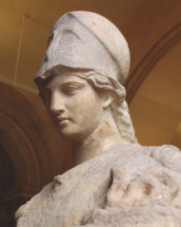 l'humanité s'est détournée de Pallas Athéna – déesse de la sagesse – pour ne plus connaître que son symbole : la chouette. Pallas10