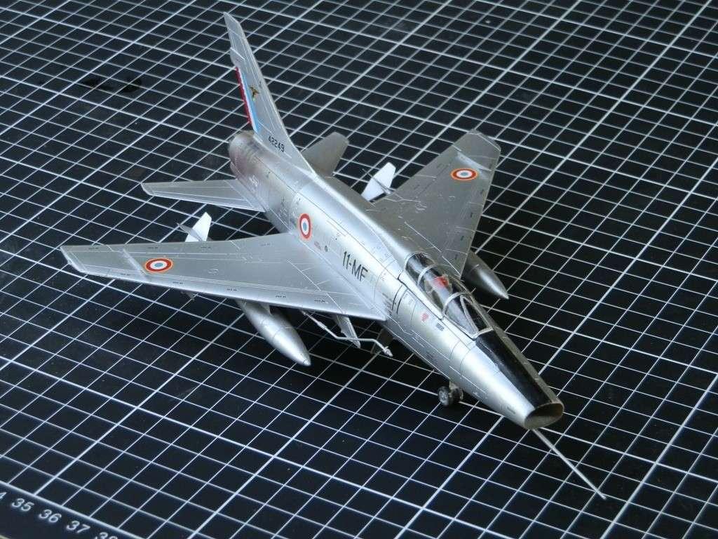 Nort American F-100D  Super Sabre armée de l'air [Italeri 1/72] P7143110