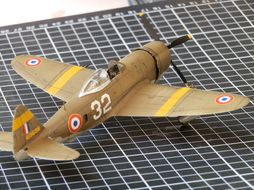 P-47D Thunderbolt Armée de l'air [REVELL 1/72] P7223111