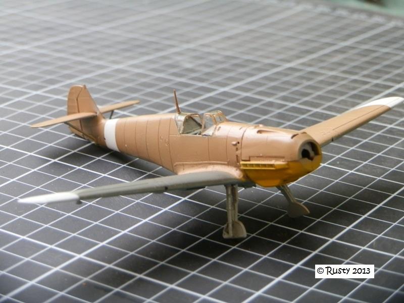 Messerschmitt Bf109E-7 Trop [ICM 1/72] P8033117