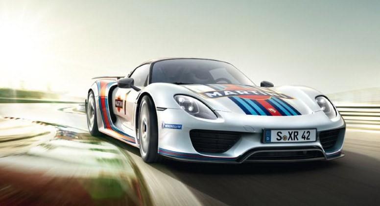 Porsche 918 Spyder Brochure leaked at Autoblog 01-por10