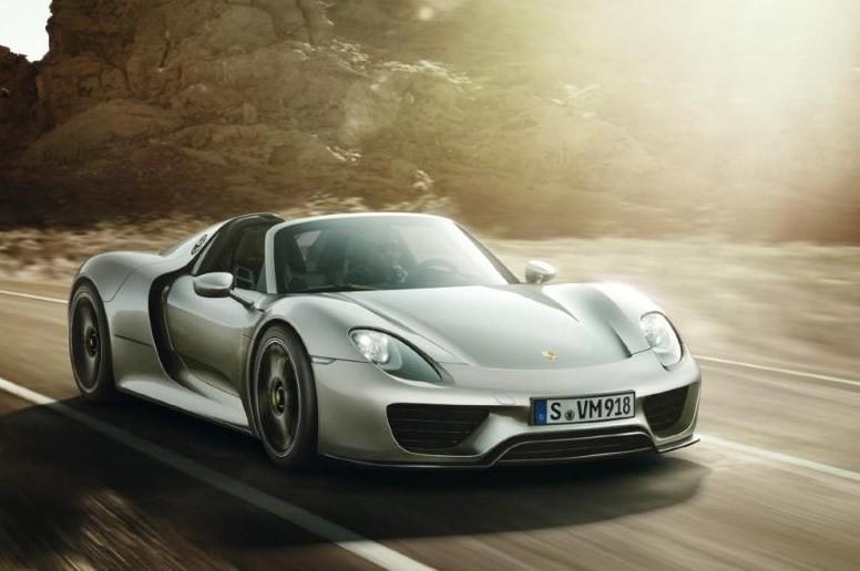 Porsche 918 Spyder Brochure leaked at Autoblog 11-por10
