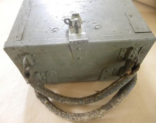 Ces objets militaires dont on se demande toujours d'où ils viennent. 171_0012