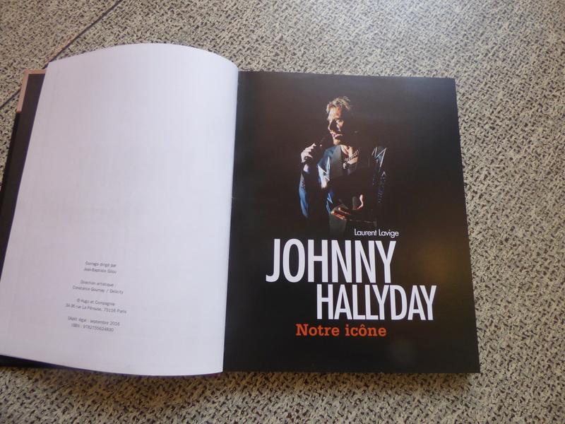 [livre] Johnny Hallyday notre icône P1070714