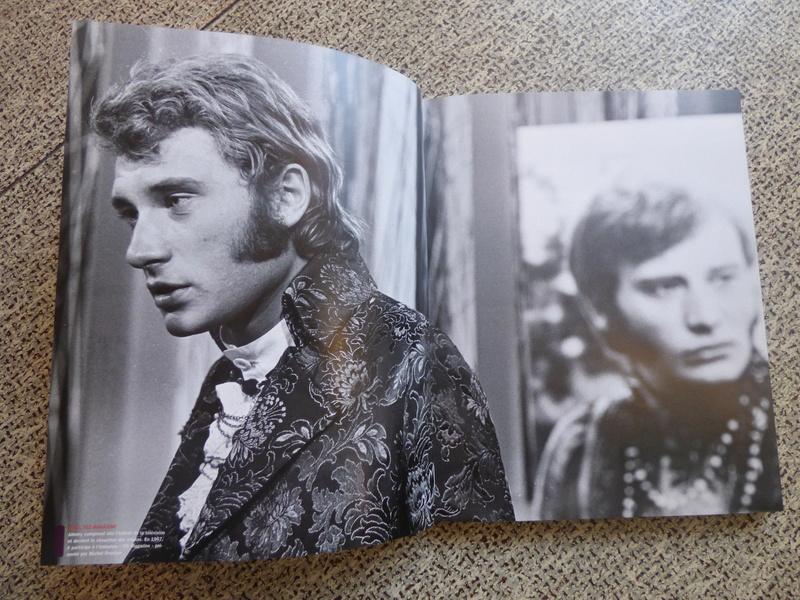 [livre] Johnny Hallyday notre icône P1070723