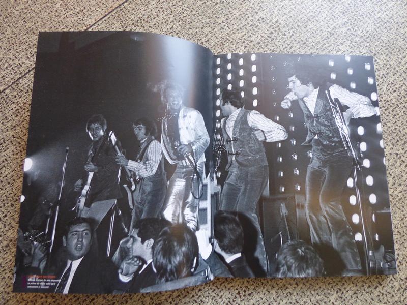 [livre] Johnny Hallyday notre icône P1070725