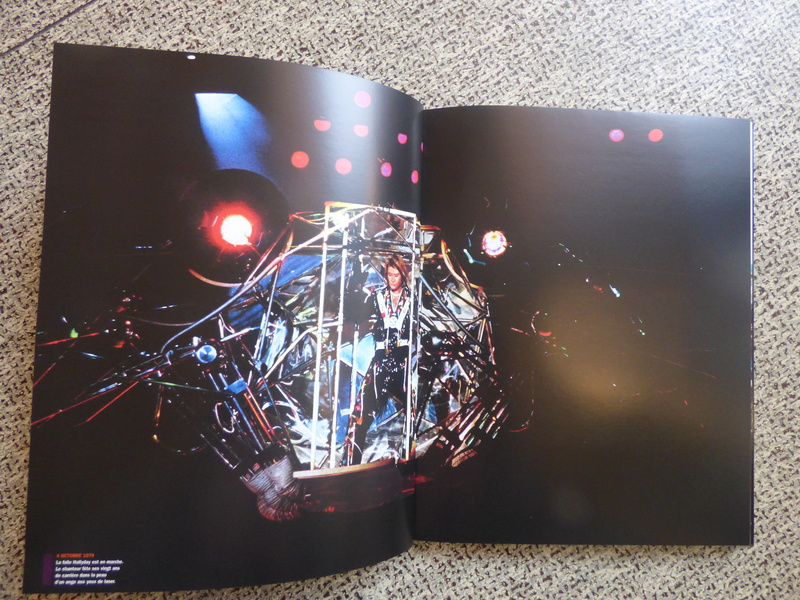 [livre] Johnny Hallyday notre icône P1070742
