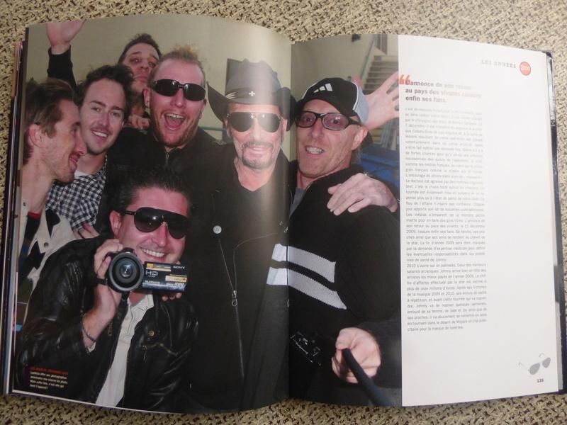 [livre] Johnny Hallyday notre icône P1070828