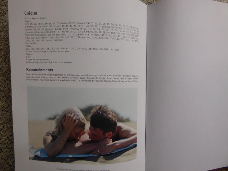 [livre] Johnny Hallyday notre icône P1070842