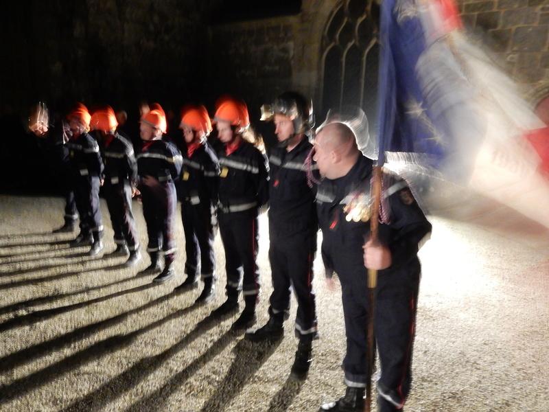 Monument des sapeurs pompiers de Brasparts le 3 décembre 2016 Dscn4323