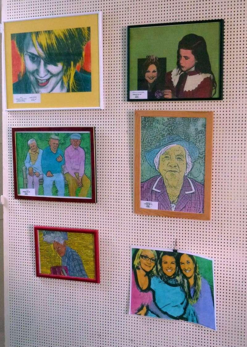 Nouvelle exposition à découvrir à l'espace Le Guyader tout l'été 2013: Art'Hand'Co P1020312