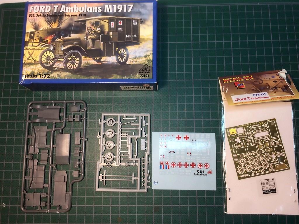 FORD T AMBULANCE - RPM + PART - 1/72 20161117
