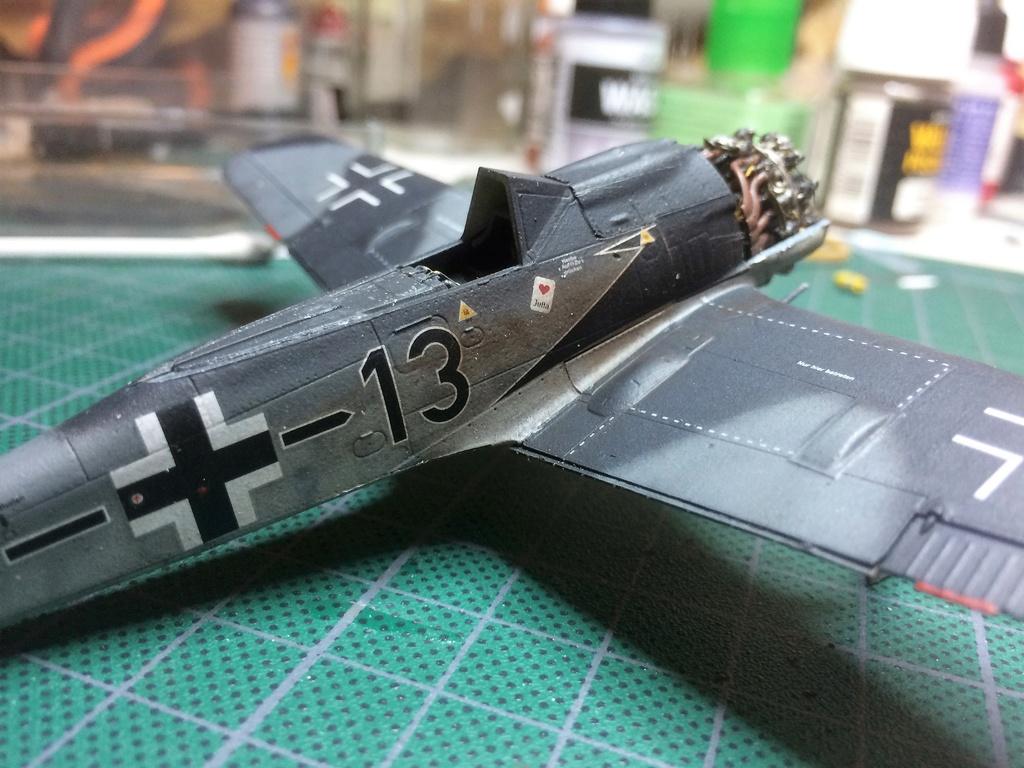 FW 190A8 - EDUARD ROYAL CLASS + Brassin -1/72 + projet diorama (Trois avions terminés) - Page 2 Img_7330