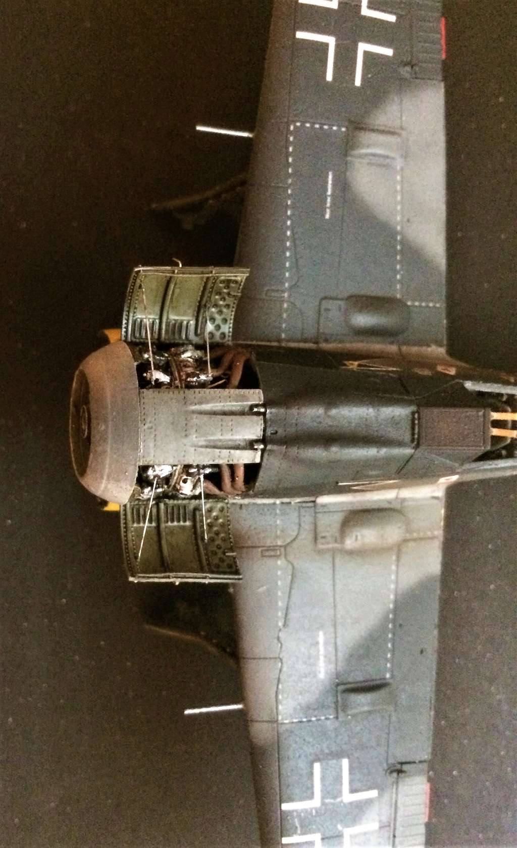 FW 190A8 - EDUARD ROYAL CLASS + Brassin -1/72 + projet diorama (Trois avions terminés) - Page 2 Img_7446