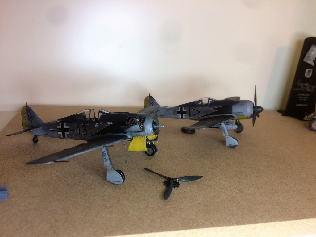 FW 190A8 - EDUARD ROYAL CLASS + Brassin -1/72 + projet diorama (Trois avions terminés) - Page 3 Img_7523