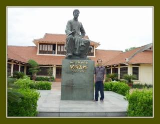 Viếng Cụ Nguyễn Du Ttn_ng11