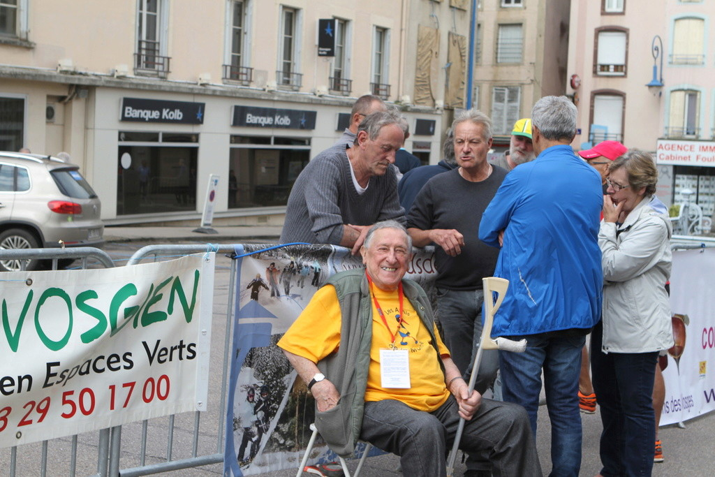 Maurice CHEVALIER  nous a quitté Img_5310
