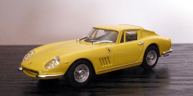 Ferrari 275 GTB/4 Box_mo15