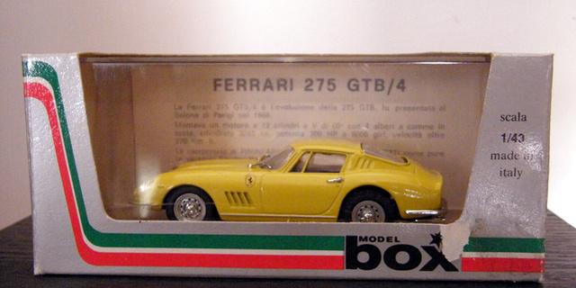 Ferrari 275 GTB/4 Box_mo25