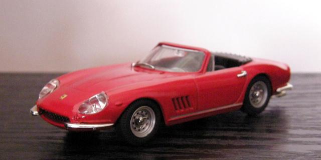 Ferrari 275 GTB/4 Spider Box_mo37